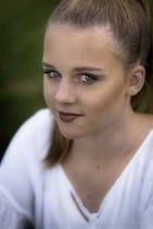 Grace Makeup Small-12