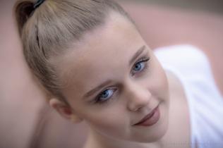 Grace Makeup Small-15
