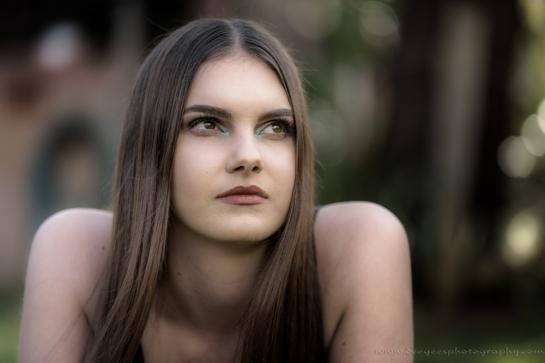 Grace Makeup Small-6